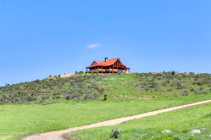2374 ANT CANYON RD, Grace, ID 83241