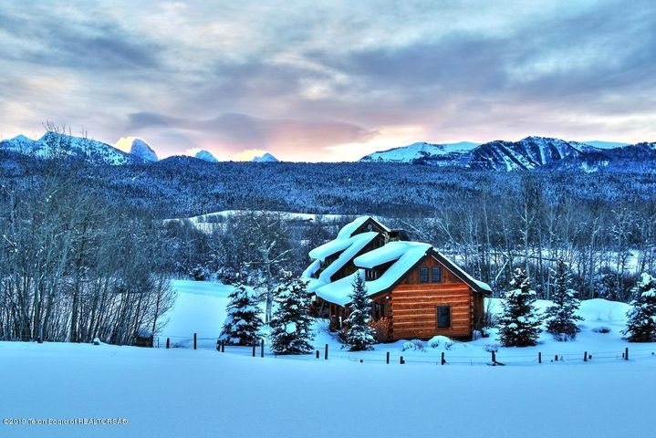 Black Sheep cabin looking east low rez #