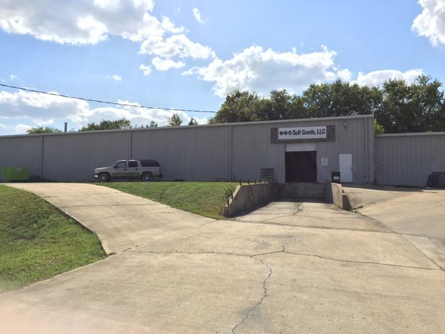 1219 S Gloster St., Tupelo, MS 38801