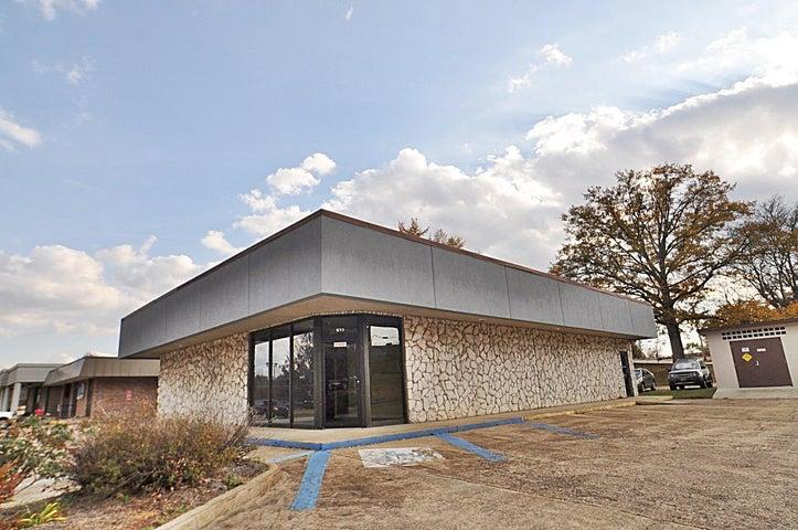 611 Garfield St., Tupelo, MS 38801