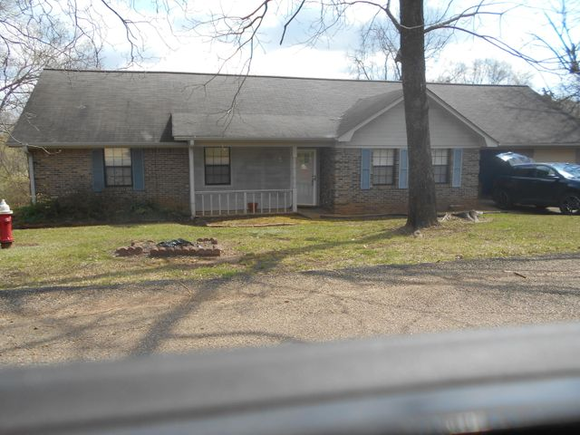 114 Russell Ln., Pontotoc, MS 38863