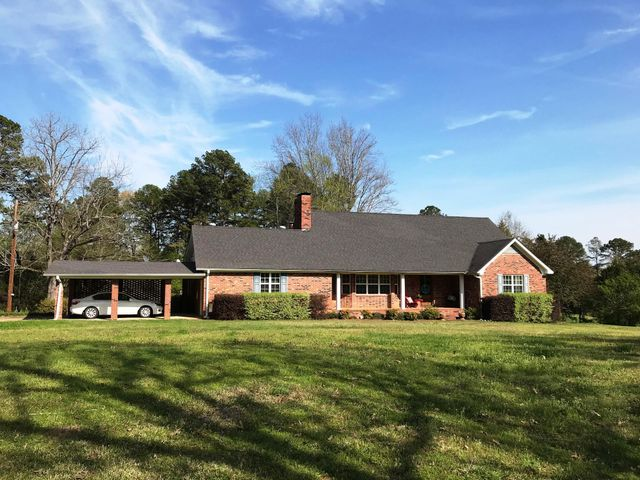 230 Hunter Road, Thaxton, MS 38871