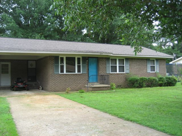 303 Booker Ave., Ripley, MS 38663