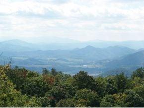 000 Callalantee Drive, Mountain City, TN 37683