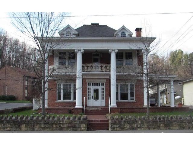 221 Main Street, 1, Clintwood, VA 24228