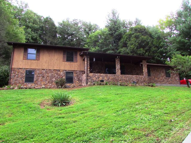 956 Marbleton Road, Unicoi, TN 37692
