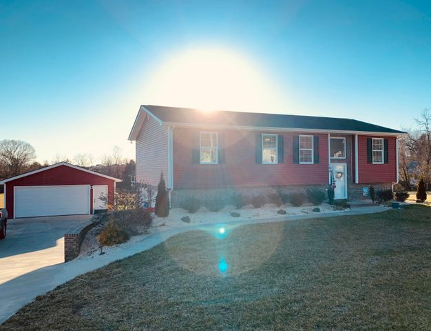 155 Wagon Wheel Trail, Chuckey, TN 37641