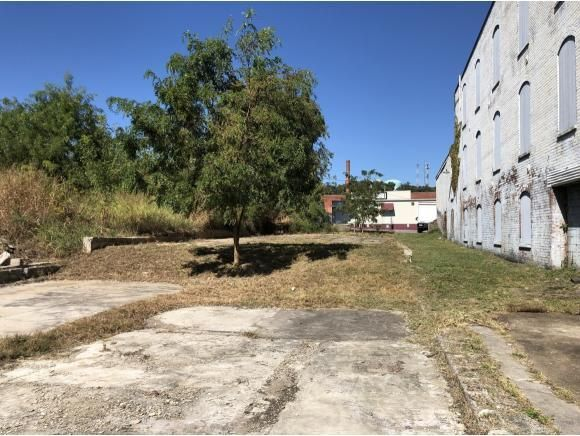 308 West West Depot Street, Greeneville, TN 37743
