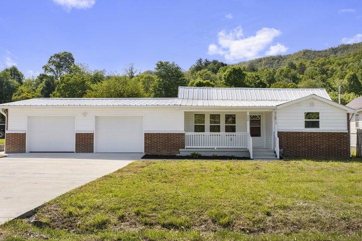 920 Rittertown Road, Hampton, TN 37658