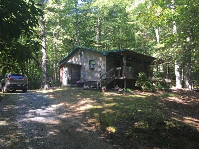 164 Pond Mountain Lane Lane, Hampton, TN 37658