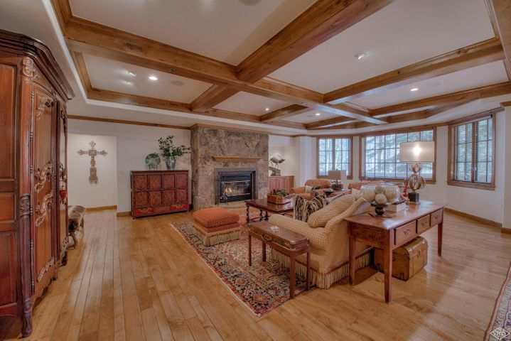 122 Scott Hill Road, 1303, Beaver Creek, CO 81620