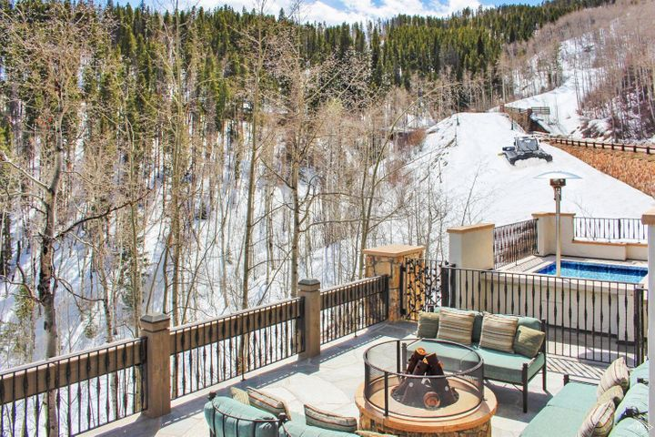 22 Strawberry Park Road, Beaver Creek, CO 81620