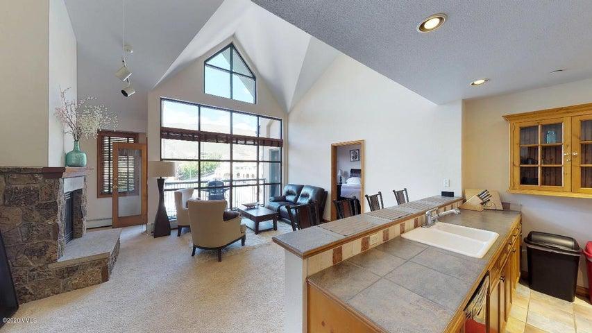 240 Chapel Place, BR-310, Avon, CO 81620
