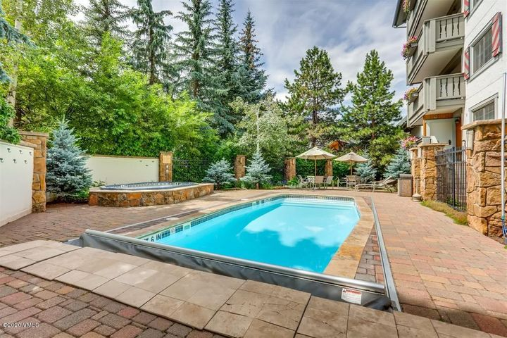 9 Vail Road, 1G, Vail, CO 81657