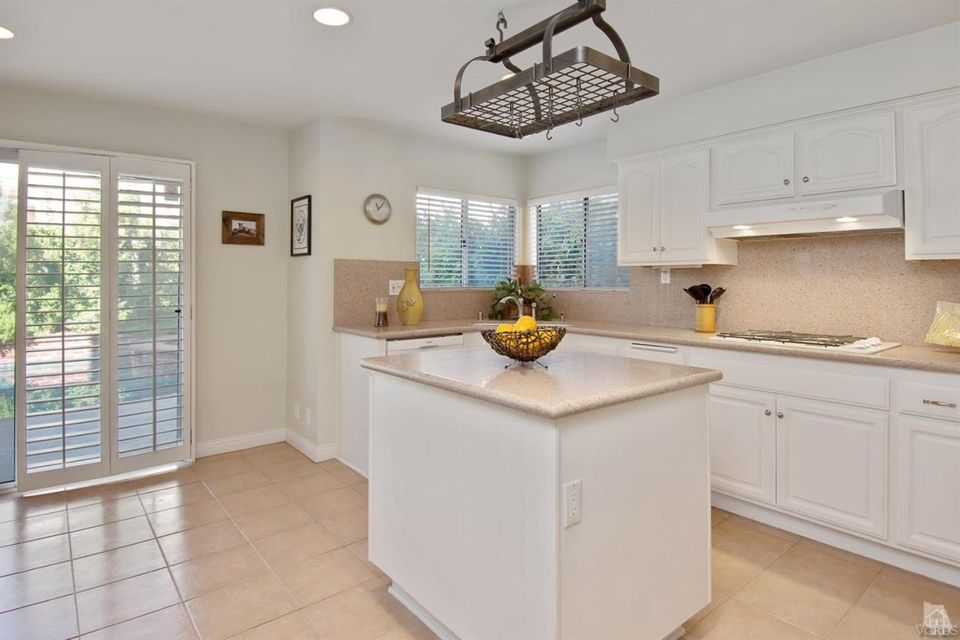 507 Bath Court, Oak Park, CA 91377