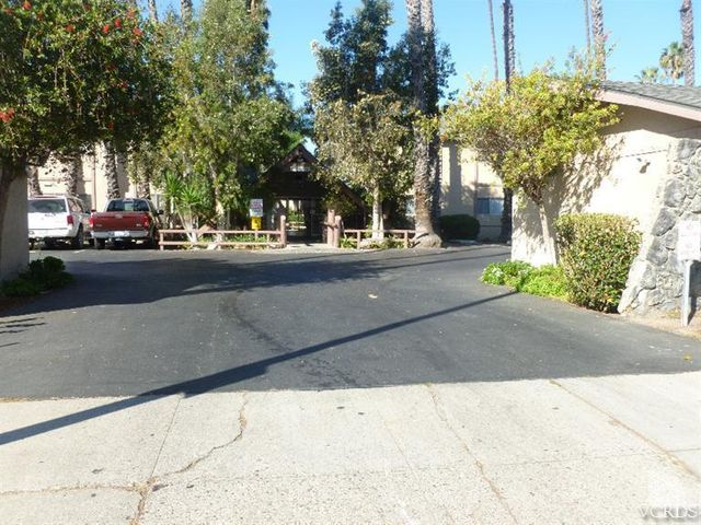 1925 GINGER Street, 202, Oxnard, CA 93036
