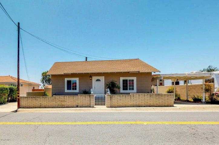37 Anacapa Drive, Camarillo, CA 93010