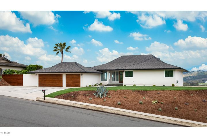 687 Deseo Avenue, Camarillo, CA 93010