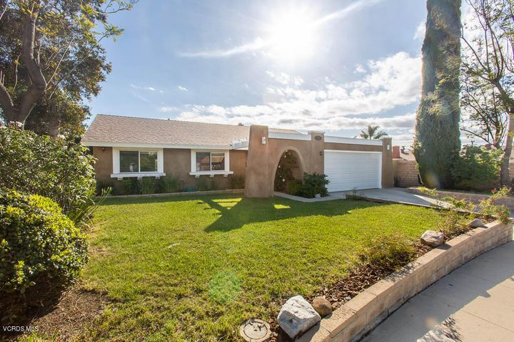 1878 Charing Court, Simi Valley, CA 93063
