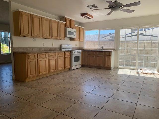 2150 Ardenwood Avenue, Simi Valley, CA 93063