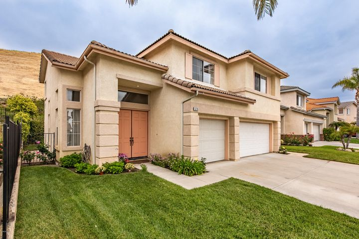 5716 Tonopah Court, Simi Valley, CA 93063
