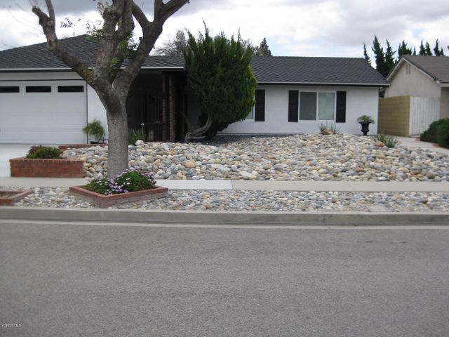 2431 Cedarwood Circle, Simi Valley, CA 93063