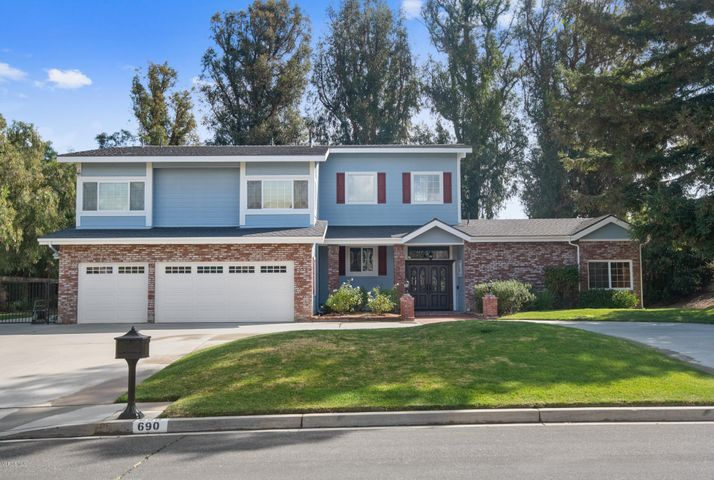 690 Oldstone Place, Simi Valley, CA 93065