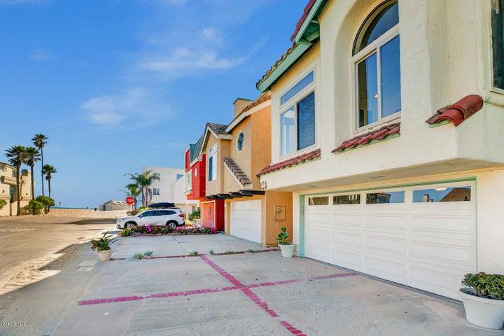 109 La Brea Street, Oxnard, CA 93035