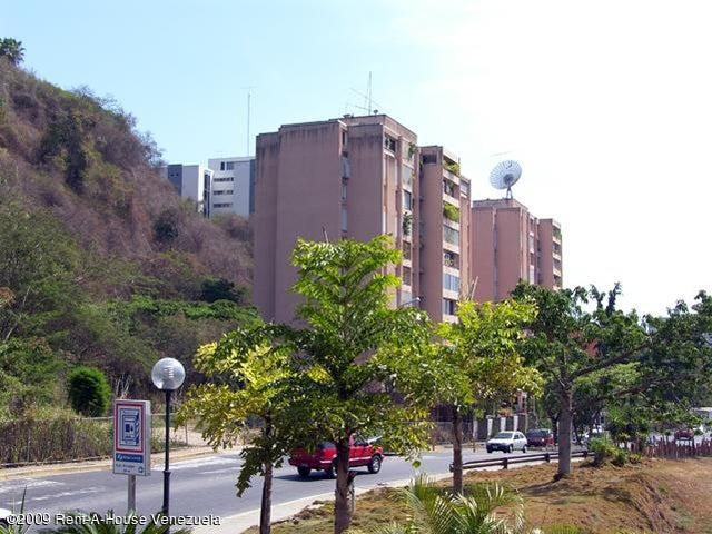 Terreno Distrito Metropolitano>Caracas>Colinas del Tamanaco - Venta:69.400.000.000 Bolivares Fuertes - codigo: 09-4170