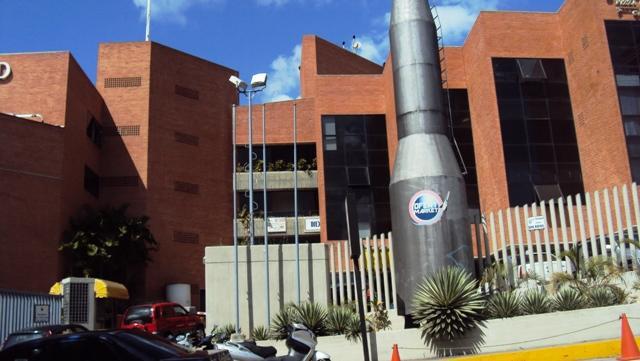 Local Comercial Distrito Metropolitano>Caracas>La Trinidad - Venta:4.275.080.000.000 Precio Referencial - codigo: 09-8759