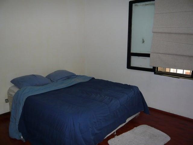 Casa Distrito Metropolitano>Caracas>La Lagunita Country Club - Venta:500.000 Precio Referencial - codigo: 08-3227