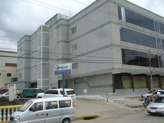 Local Comercial Nueva Esparta>Margarita>Porlamar - Venta:973.712.000.000 Precio Referencial - codigo: 11-6706