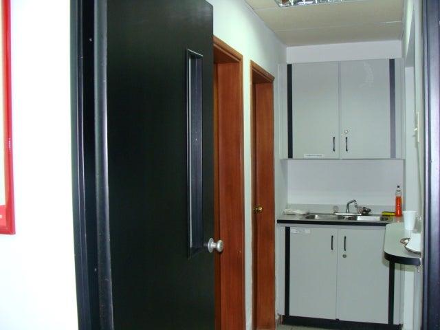 Oficina Zulia>Maracaibo>Valle Frio - Venta:92.091.000.000 Bolivares - codigo: 11-7908