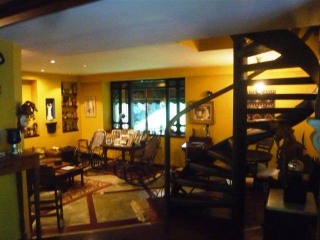 Casa Distrito Metropolitano>Caracas>La Lagunita Country Club - Venta:1.795.857.000.000 Precio Referencial - codigo: 12-440