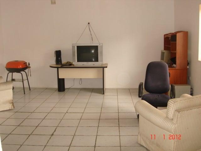 Local Comercial Distrito Metropolitano>Caracas>Catia - Venta:350.000 Precio Referencial - codigo: 12-1818