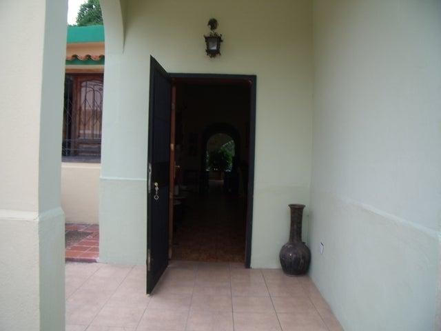 Casa Lara>Cabudare>Parroquia Jose Gregorio - Venta:24.429.000.000 Precio Referencial - codigo: 12-2180