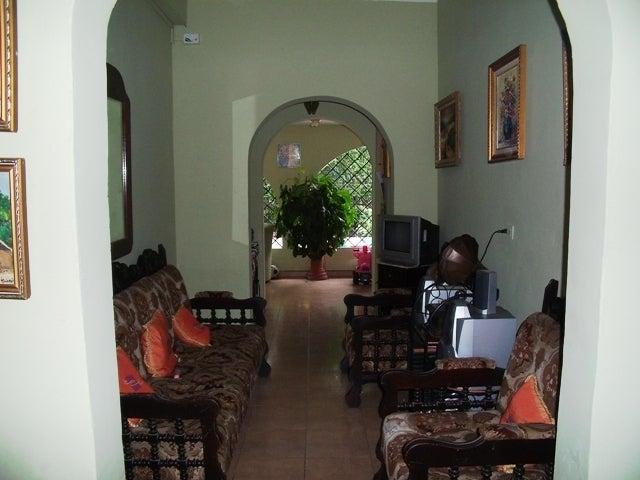 Casa Lara>Cabudare>Parroquia Jose Gregorio - Venta:144.793.000.000 Precio Referencial - codigo: 12-2180