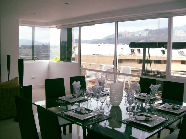 Apartamento Distrito Metropolitano>Caracas>Lomas del Sol - Venta:1.860.608.000.000 Precio Referencial - codigo: 12-2666