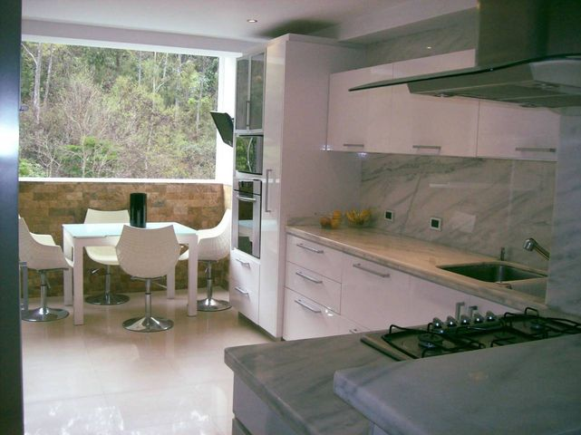 Apartamento Distrito Metropolitano>Caracas>Lomas del Sol - Venta:337.620.000 Precio Referencial - codigo: 12-2666