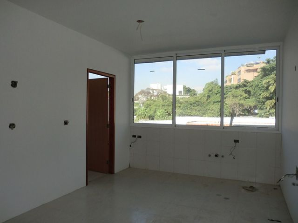 Apartamento Distrito Metropolitano>Caracas>Los Palos Grandes - Venta:120.029.000 Precio Referencial - codigo: 12-3188