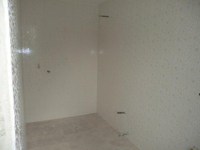 Apartamento Distrito Metropolitano>Caracas>Los Palos Grandes - Venta:299.297.000.000 Bolivares Fuertes - codigo: 12-3188