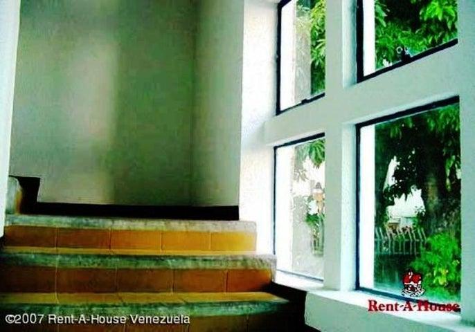 Terreno Distrito Metropolitano>Caracas>Altamira - Venta:307.486.000 Precio Referencial - codigo: 11-8355