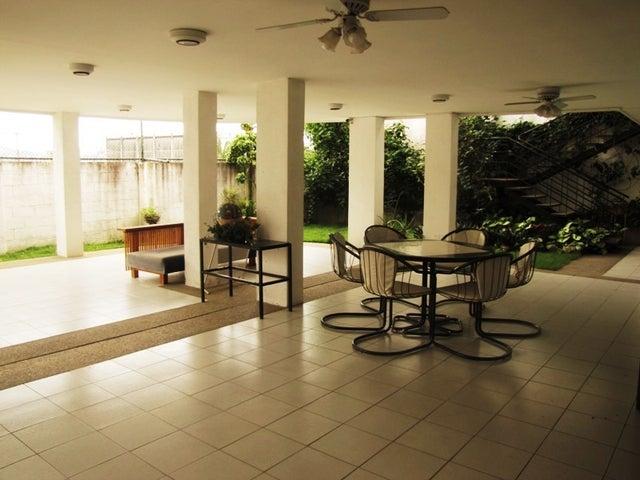 Casa Distrito Metropolitano>Caracas>El Marques - Venta:1.294.707.000.000 Precio Referencial - codigo: 12-4277