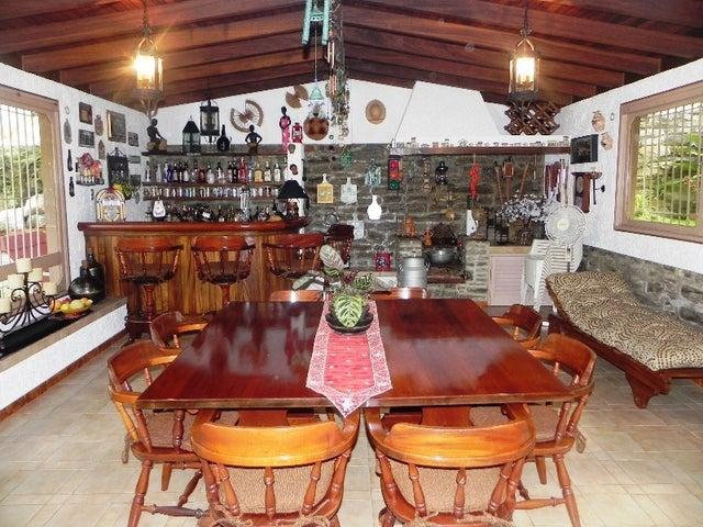 Casa Distrito Metropolitano>Caracas>La Tahona - Venta:1.705.099.000 Precio Referencial - codigo: 12-5583