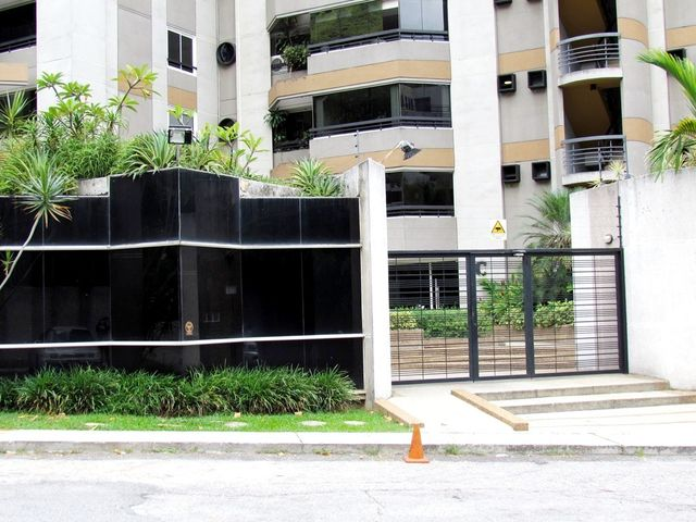 Apartamento Distrito Metropolitano>Caracas>Los Chorros - Venta:745.457.000.000 Precio Referencial - codigo: 11-5119