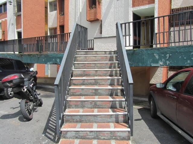 Apartamento Miranda>San Antonio de los Altos>Rosalito - Venta:75.000 US Dollar - codigo: 12-7580