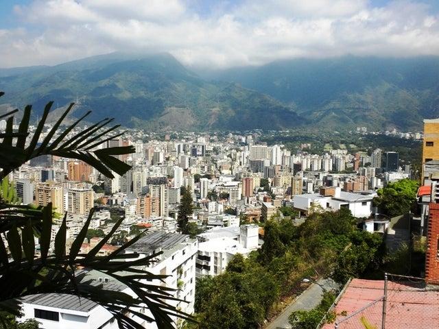 Apartamento Distrito Metropolitano>Caracas>Chulavista - Venta:74.443.000.000 Bolivares Fuertes - codigo: 13-553