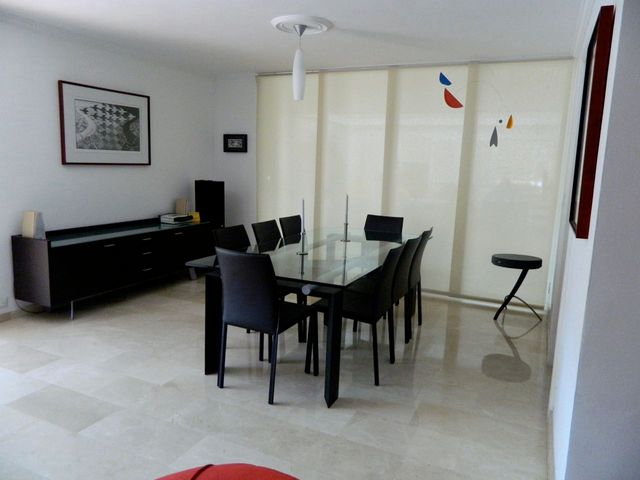 Apartamento Distrito Metropolitano>Caracas>Santa Rosa de Lima - Venta:137.413.000.000 Precio Referencial - codigo: 13-624
