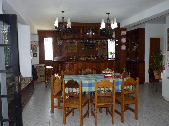 Casa Aragua>Turmero>Zona Centro - Venta:16.258.000.000 Precio Referencial - codigo: 13-949