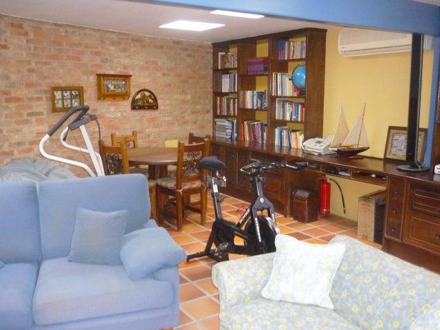 Casa Distrito Metropolitano>Caracas>Prados del Este - Venta:283.614.000.000 Precio Referencial - codigo: 13-1445
